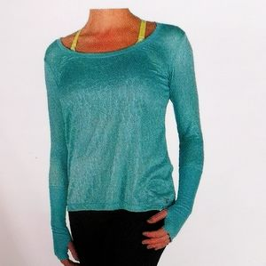 Diadora green medium sweatshirt with thumb holes